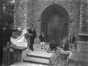 The wedding of Mr Albert Victor Phipps and Miss Ivy Florence Morgan in Eltham, Kent