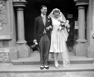 Wedding of Mr Edward H. Blackwell and Miss Rosamund Mary Reynolds at St Paul's Church
