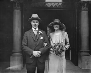 Wedding Mr R G Abrahams and Miss A Fox leaving the West London Synagogue. 12 January