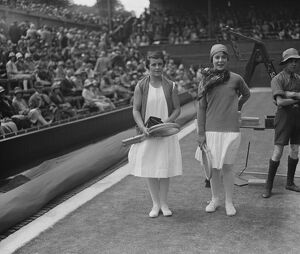 Wimbledon lawn tennis championships. Frl Aussem and Miss M V C Chamberlain before