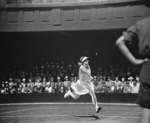 Wimbledon lawn tennis championships. Miss Colyer. 1 June 1929