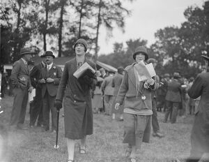 Wye Steeplechase Miss D Atkinson and Mrs E W Atkinson 30 September 1925